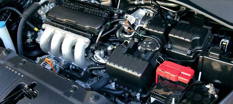 Auto Louwes - nieuwe en gebruikte auto's - Onderhoud